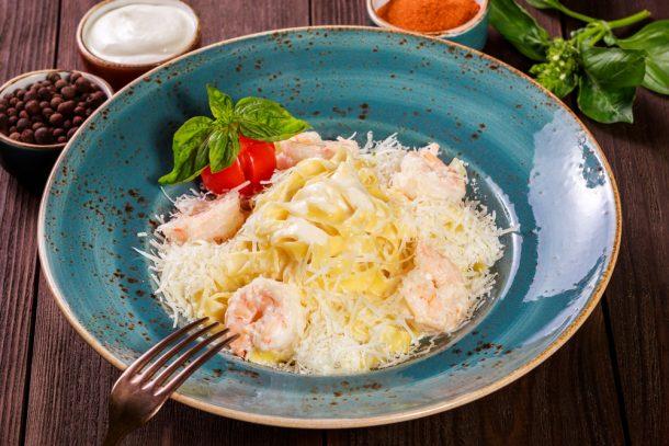 Creamy Shrimp Tortellini Skille