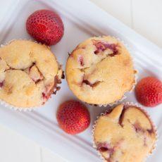 freeze dried strawberry muffins