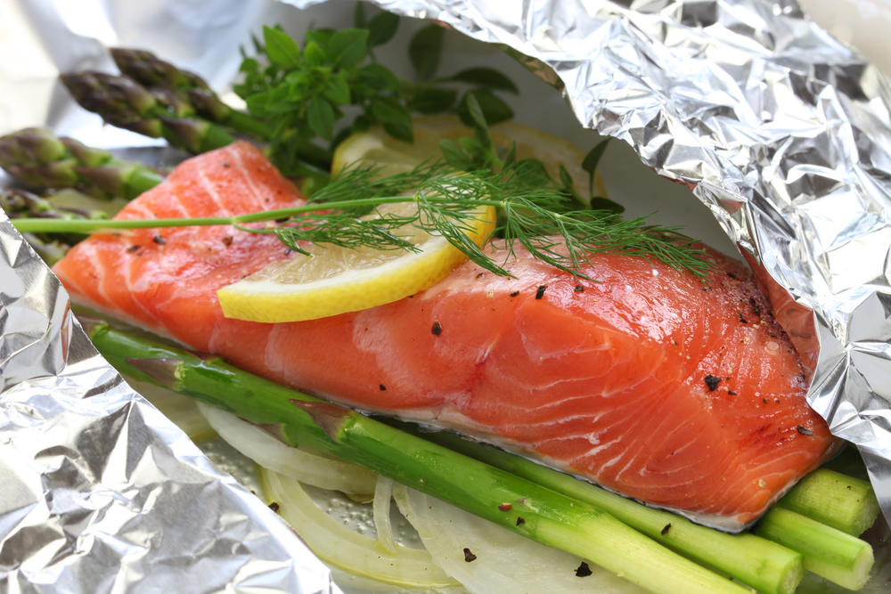 Lemon Dill Salmon and Asparagus Foil Packet