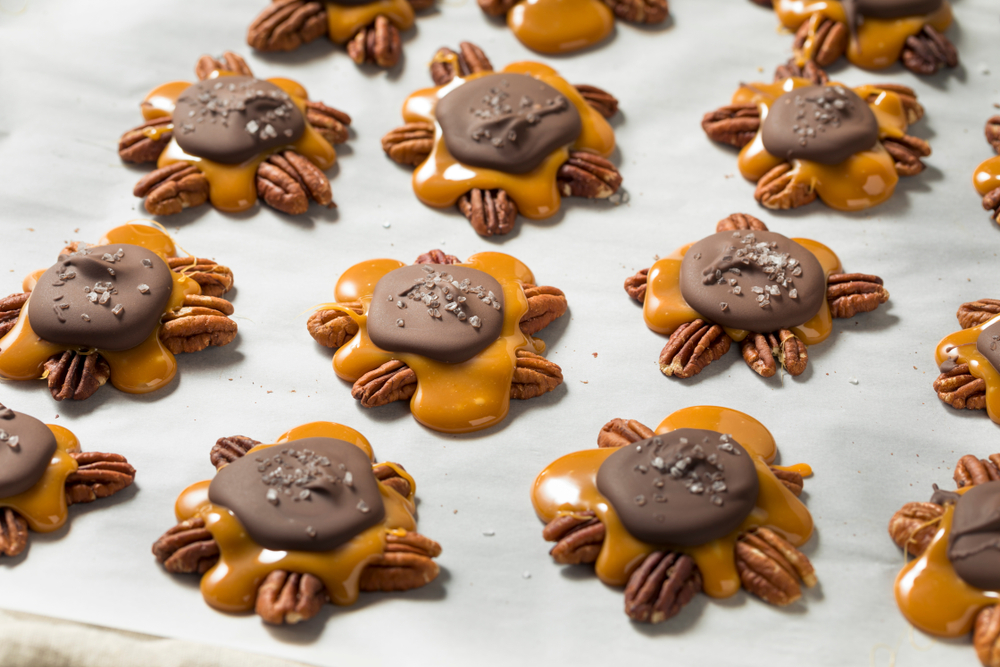 chocolate caramel turtles