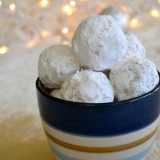 snowball cookies with true lemon