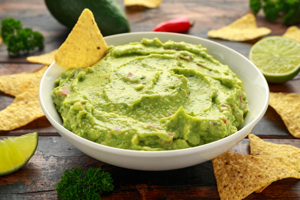 One-Minute Guacamole with Salsa Blend