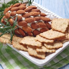 pinecone cheese ball with almonds