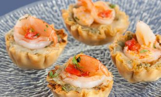 shrimp and pesto mini phyllo shells