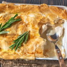 chicken phyllo pie