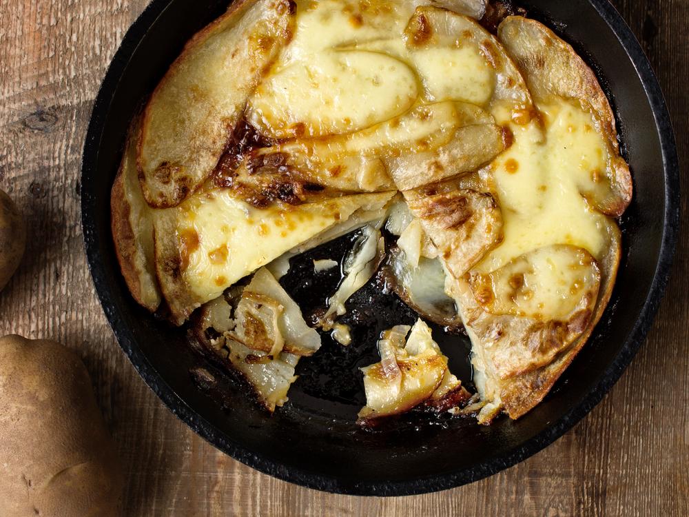 Irish Pan Haggerty Potatoes