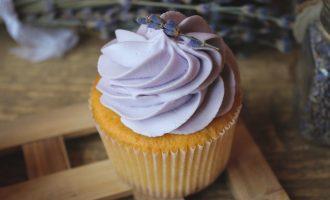 Classic Creme Cupcakes WLavender Butter Cream