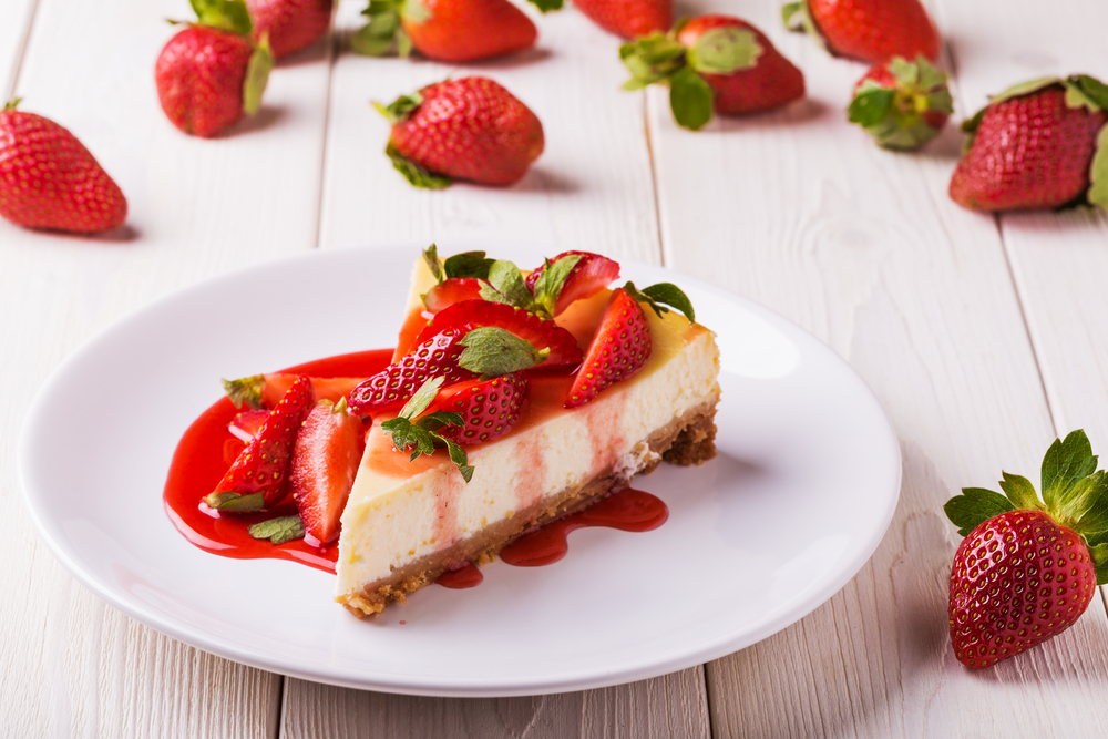 strawberry syrup cheesecake