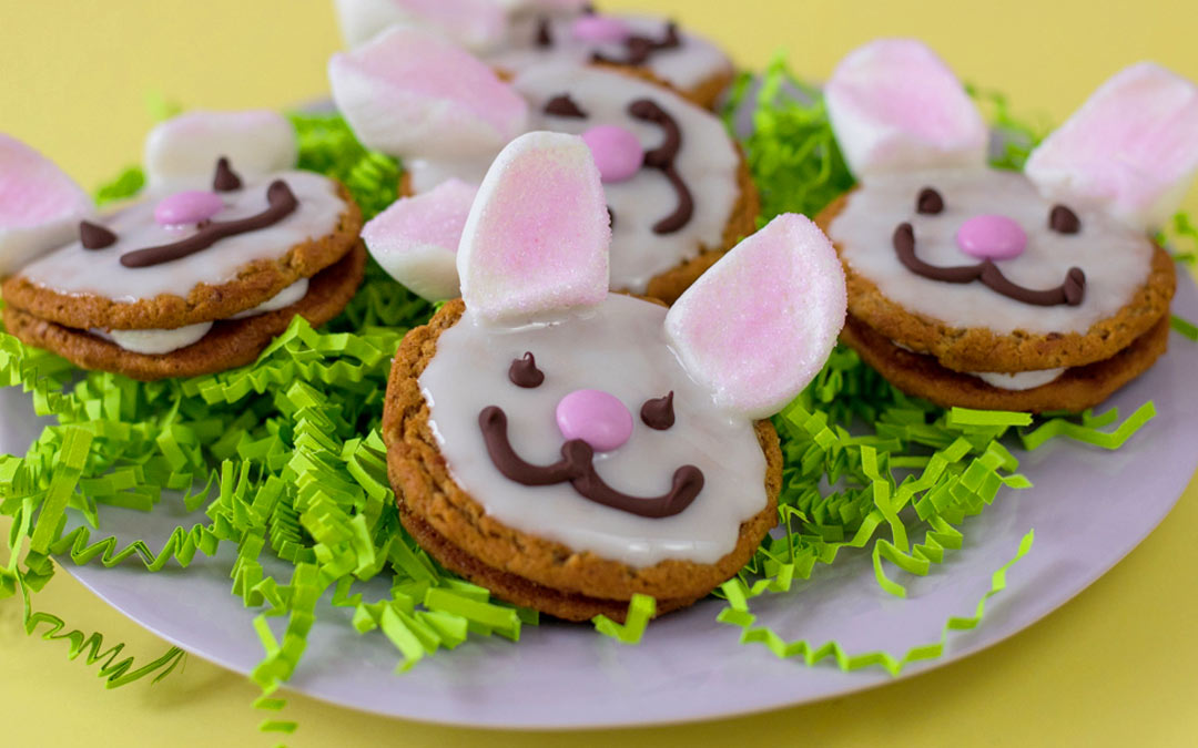 Easter Oatmeal Creme Pies