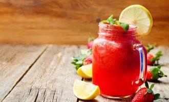 Simple Strawberry Lemonade