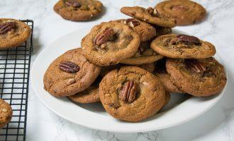 Browned Butter Pecan Cookies